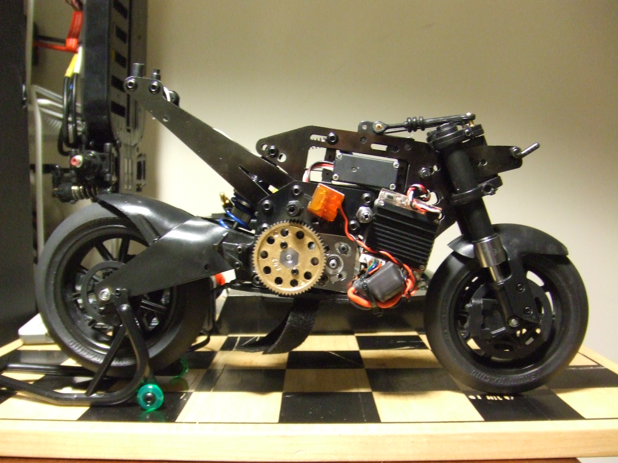 venom gpv 1 1 8 rc motorcycle a first look and brushless conversion pinions and spurs. Black Bedroom Furniture Sets. Home Design Ideas